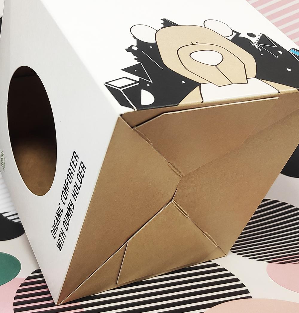 Schachtel mit Automatikboden
